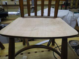 座面彫り込み改修2.jpg